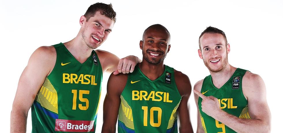 Splitter, Leandrinho, Huertas e muito mais: Brasil dessa vez é quem tem força máxima
