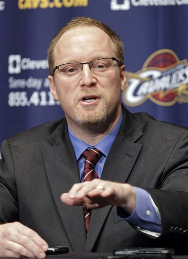 O gerente do Cavs, David Griffin, que arquitetou um contrato atípico e desencadeou essa sequência bizarra de trocas