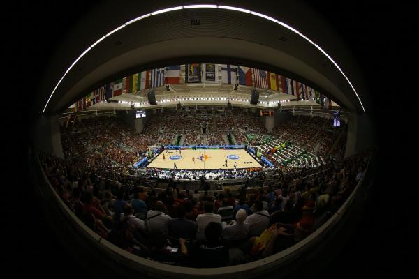Ginásio cheio, jogos importantes: brasileiros estão habituados