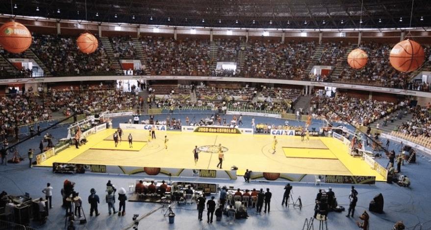 O tradicional Nilson Nelson já lotou com basquete na capital federal. Pegou?