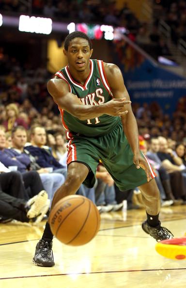 Brandon Knight e o Bucks vão continuar em Milwaukee?