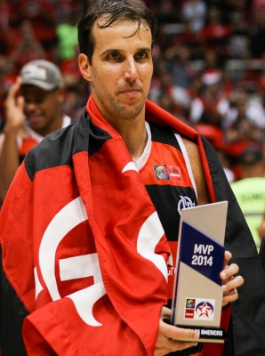 Rodeado de bons jogadores, Marcelinho ainda ganhou um prêmio de MVP na Liga das Américas do ano passado