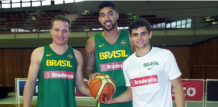 Rafael, Augusto e Raul: boa temporada na Espanha e entrosamento