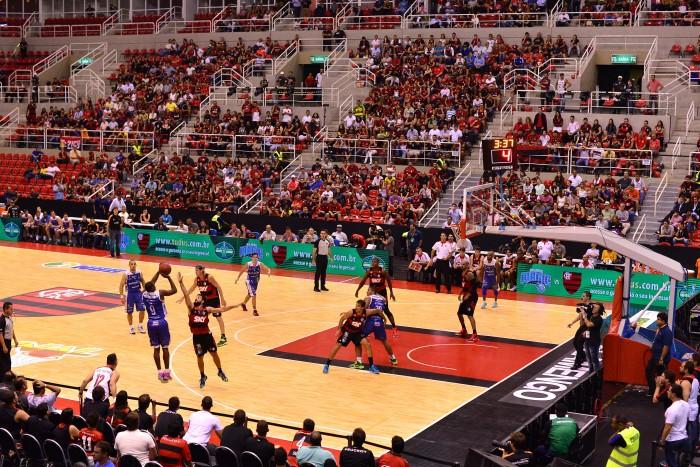 Defesa em postada do Flamengo