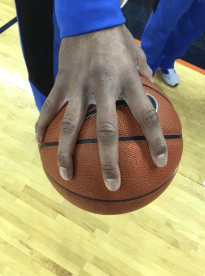 Jahlil Okafor, hands, mãos, Duke