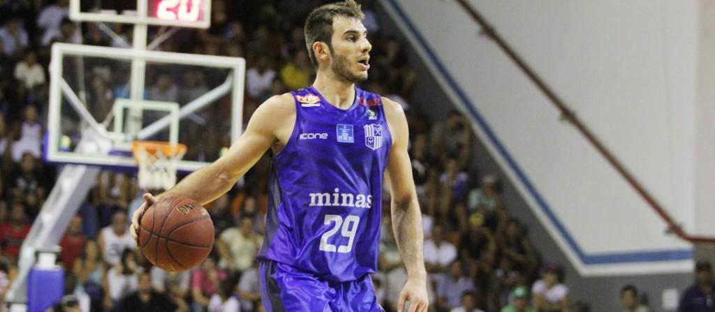 Danilo Siqueira foi um dos poucos jovens com tempo regular de quadra no último NBB