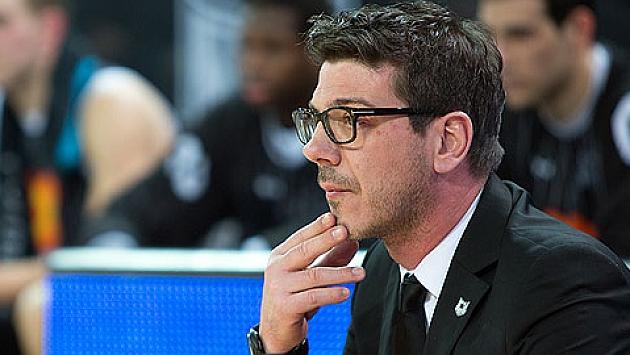 Murcia tem novo treinador. Troca pode influenciar no futuro de Augusto?