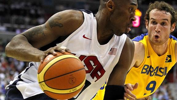 Kobe e Huertas, agora lado a lado