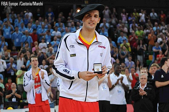 Mirotic, MVP do EuroBasket sub-20 em 2011. Sem barba