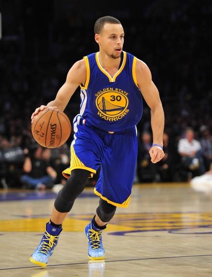 Stephen Curry certamente vai ser mais marcado neste ano. E vai adiantar de algo?