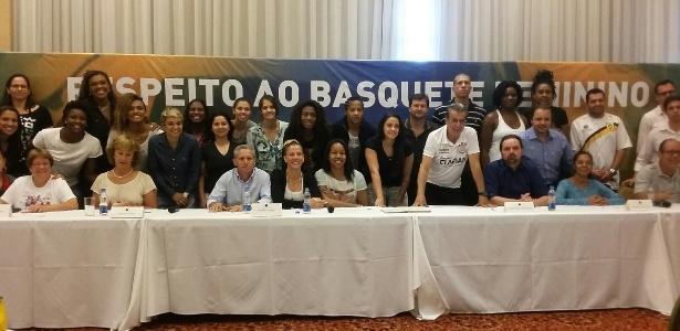 representantes-da-liga-de-basquete-feminino-lbf-se-reunem-em-sao-paulo-1449156383147_615x300