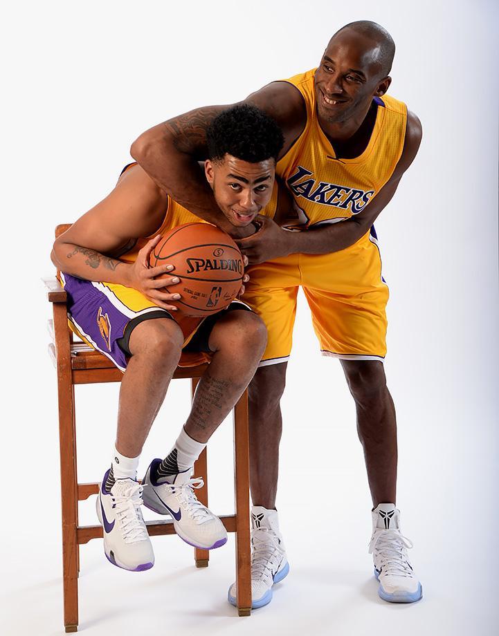 O Lakers vai priorizando Kobe e deixando D'Angelo no banco. Quem sai perdendo?