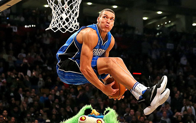 zach-lavine-got-the-trophy-but-aaron-gordon-won-the-dunk-contest-too-cbssports-com