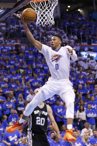 Westbrook não deve deixar de atacar nunca, mesmo passando como nunca na carreira