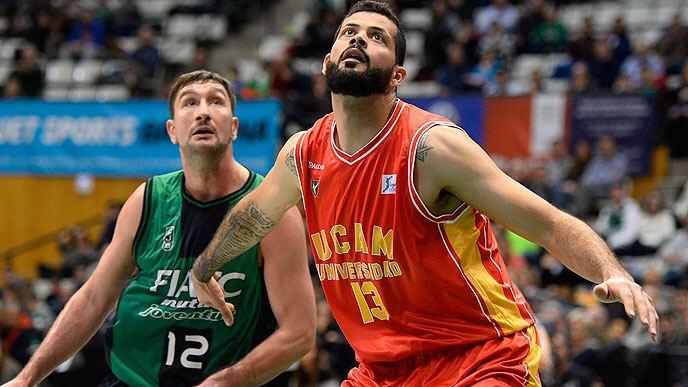 Faverani fez boa Liga ACB pelo Murcia. Agora vai?