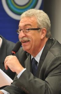O ex-reitor Newton Lima, por ora, é o favorito. Foto: ABr