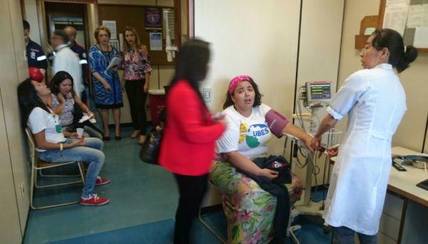 Estudantes são atendidas no serviço médico da Câmara. Foto: Claudivan Santiago