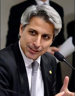 Molon - Em 2008, ele foi rifado pelo PT e PMDB numa chapa que não saiu do papel.
