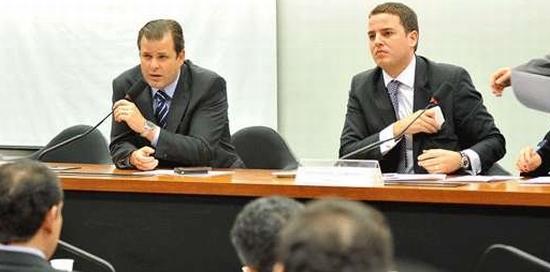 Quintão (E) e Guimarães, na comissão do Marco Regulatório de Mineração na Câmara
