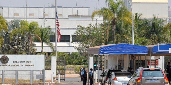 A embaixada em Brasília já ofereceu proteção à mulher