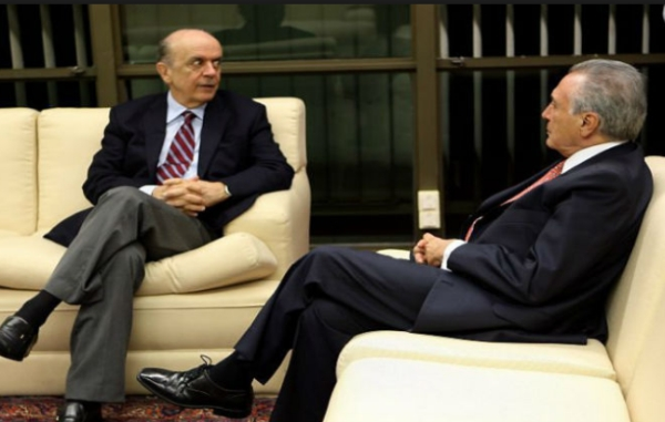 A proximidade de Serra - e seu poder - com Michel Temer enciuma o PSDB