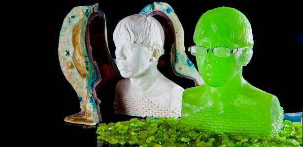 O molde e o busto de Diego eBarrabas; escultura tm o equivalente a 5.000 balas, segundo fabricante