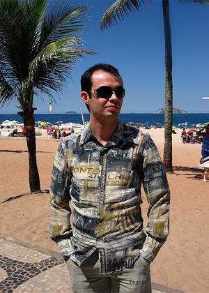 Orkut Buyukkokten (o próprio) visitou o Brasil em 2005 (Foto: Picasa)
