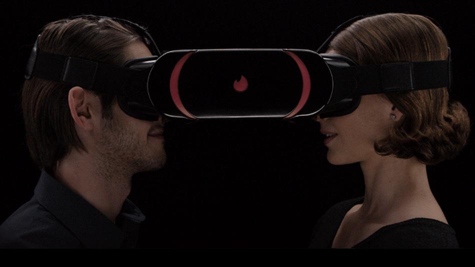"""Olha o """"novo"""" óculos de realidade virtual do Tinder aí"""