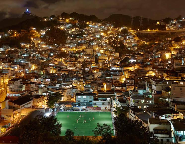 rio-football-night