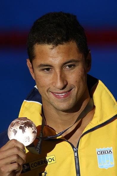 Felipe Lima e seu bronze (foto: Satiro Sodré)