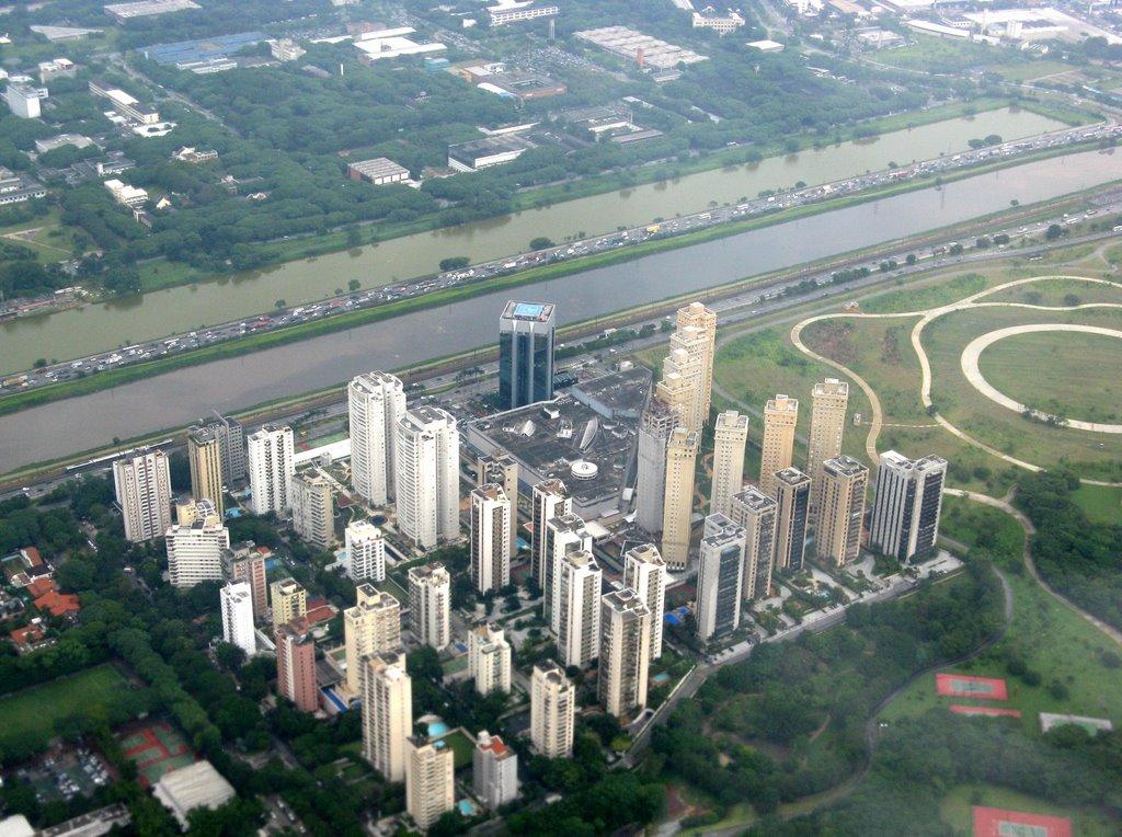 Vista aérea da Raia da USP (a esquerda) - Foto: Reprodução