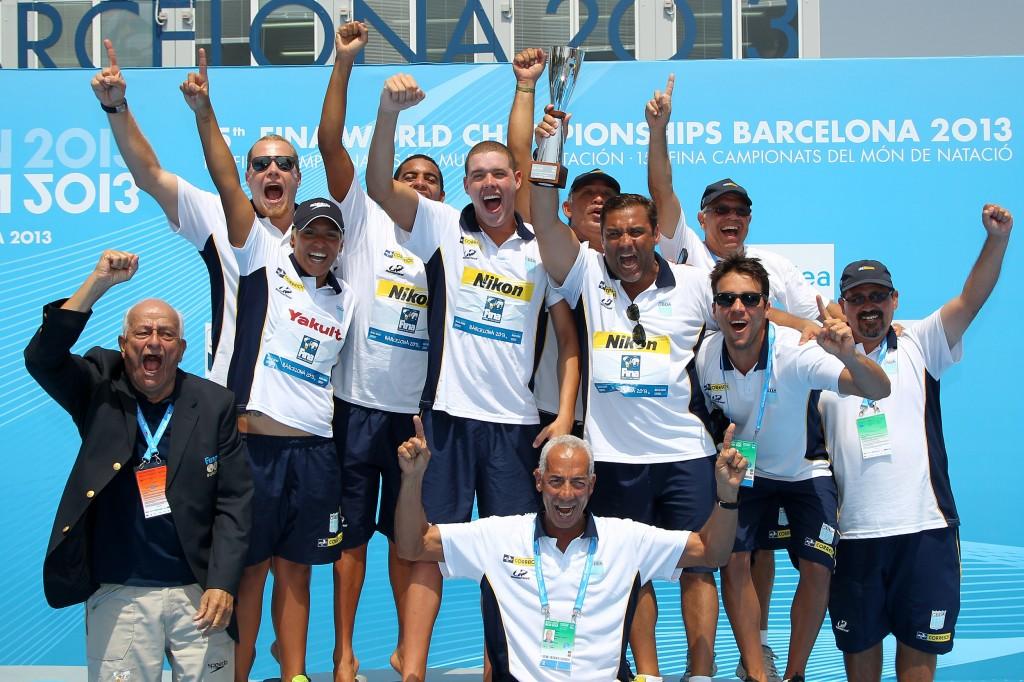 O Brasil comemora o título de campeão geral no Mundial de Barcelona - Foto: Satiro Sodré