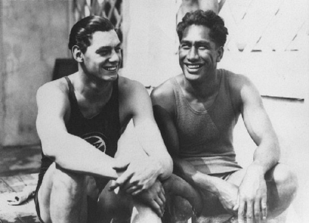 Johnny Weissmuller e Duke Kahanamoku - Foto: CORBIS