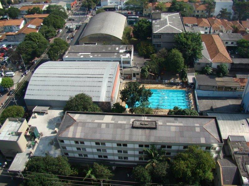 O complexo da AAAPB com destaque para a piscina do evento - Foto: AAAPB/Reprodução