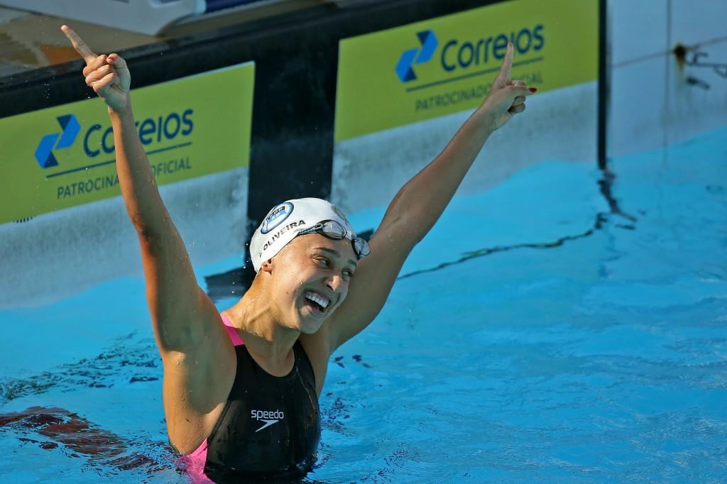 Larissa Oliveira bateu o recorde sul-americano em 2014 - Foto: Satiro Sodré