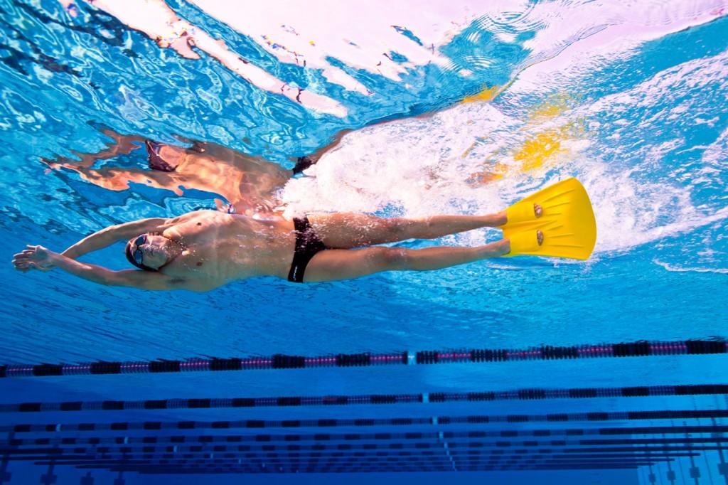 As nadadeiras são acessórios cada vez mais importantes para os treinos - Foto: Finis Swimming