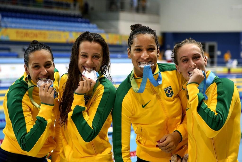 Manuella Lyrio, Jessica Cavalheiro, Joanna Maranhã e, Larissa Oliveira (foto: Satiro Sodré)