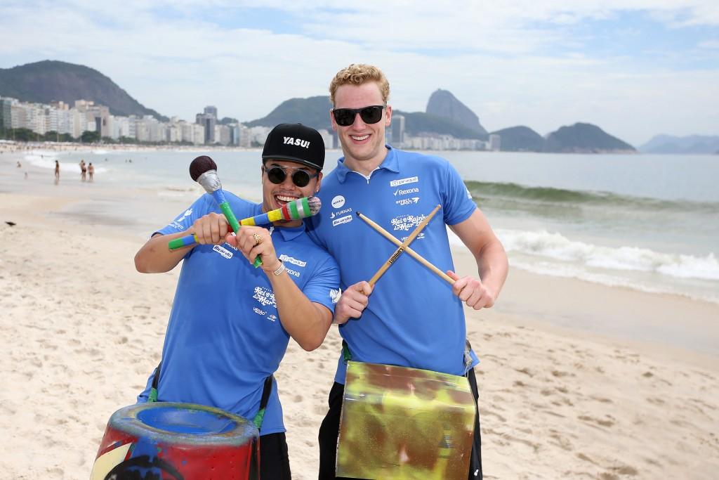 Nadadores participaram de atividade social - Foto: Satiro Sodré/SSPress