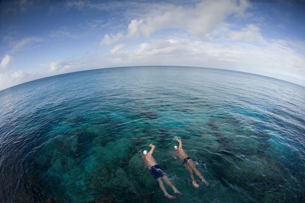 Natação em águas abertas - Foto de Dennis O'Clair