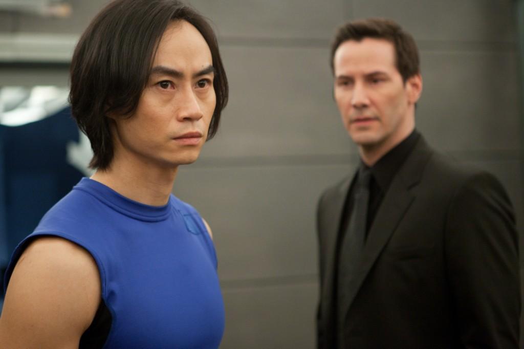 Keanu em cena em O Homem do Tai Chi, que marcou sua estreia como diretor