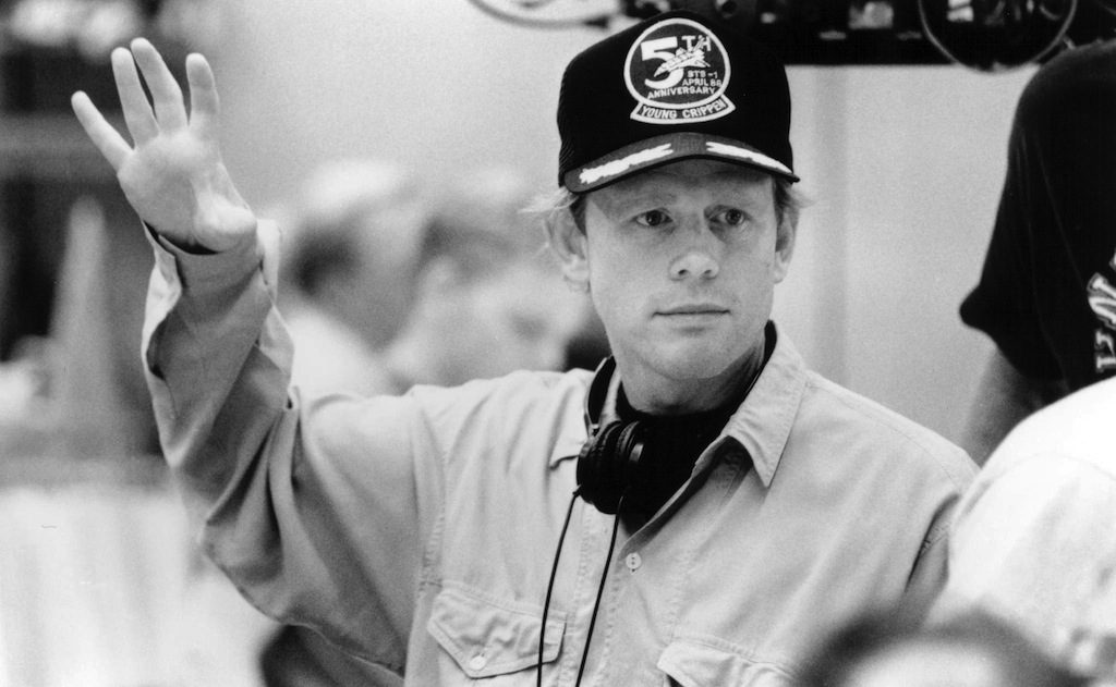 Ron Howard directiong on the set of <i>Apollo 13</i>, the 1995 docudrama space adventure film.
