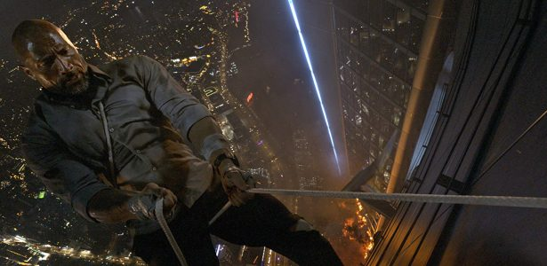 Crítica de Arranha-Céu | Sadovski: Dwayne Johnson é rei dos filmes de ação descartáveis