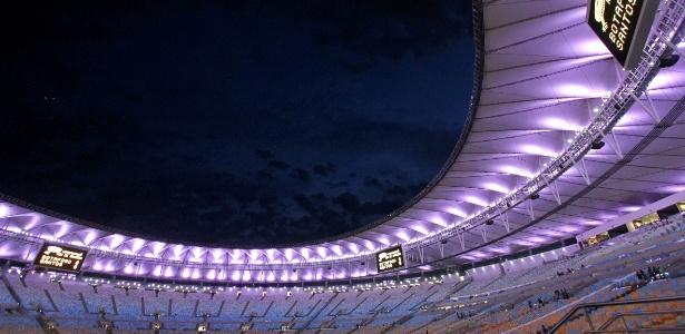 maracana-iluminado-antes-de-botafogo-e-santos-pela-copa-do-brasil-1412202666981_615x300