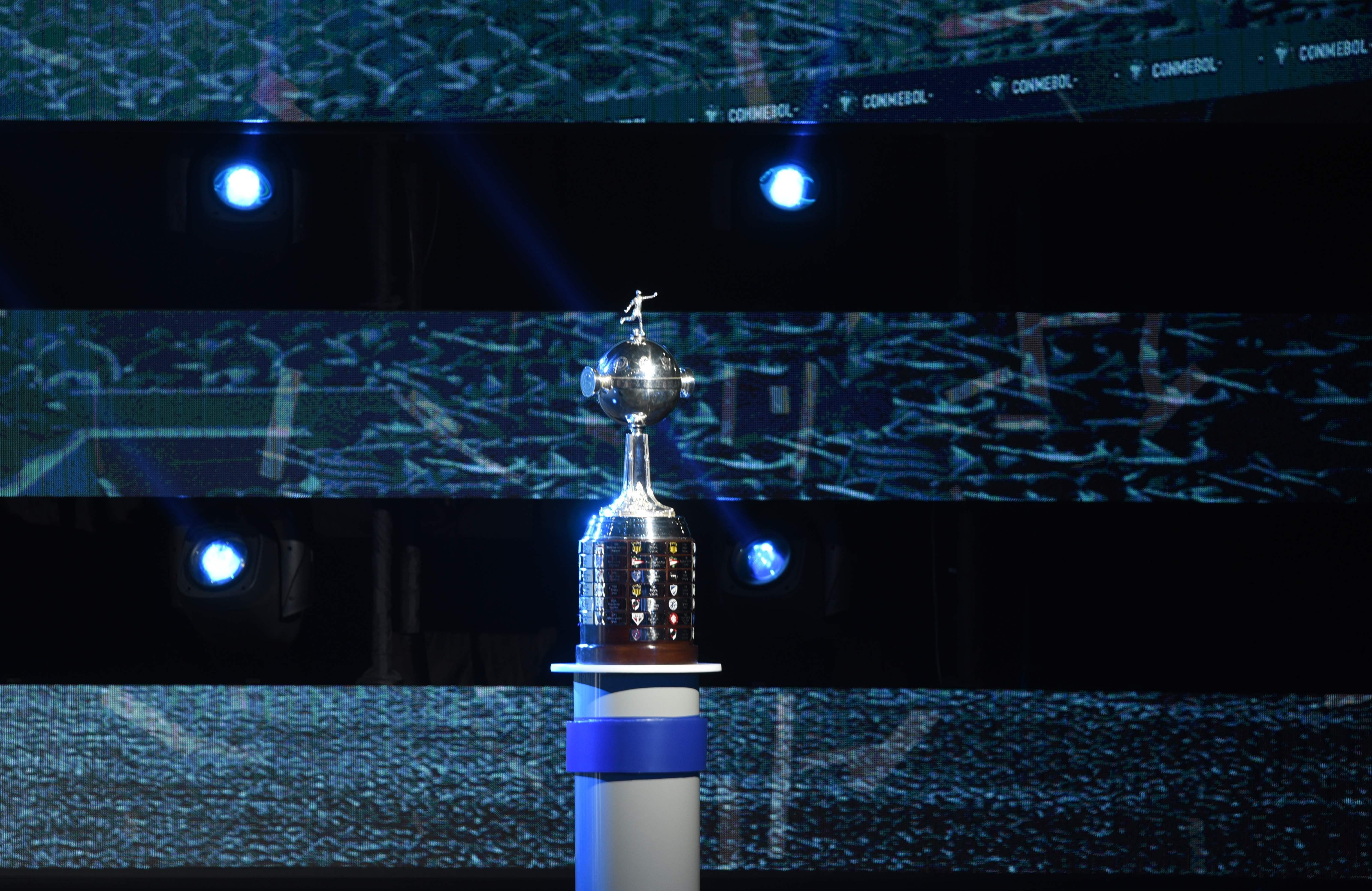 85e3ba2342 Páginas dos clubes no Facebook poderão transmitir jogos da Libertadores