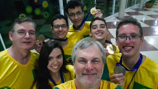 Equipe Brasileira na OLAA 2014