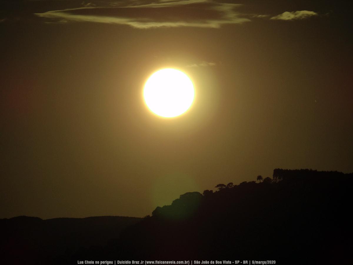 """- Superlua 9mar2020 03 - Imagens do nascer da """"Superlua"""" por trás da serra"""