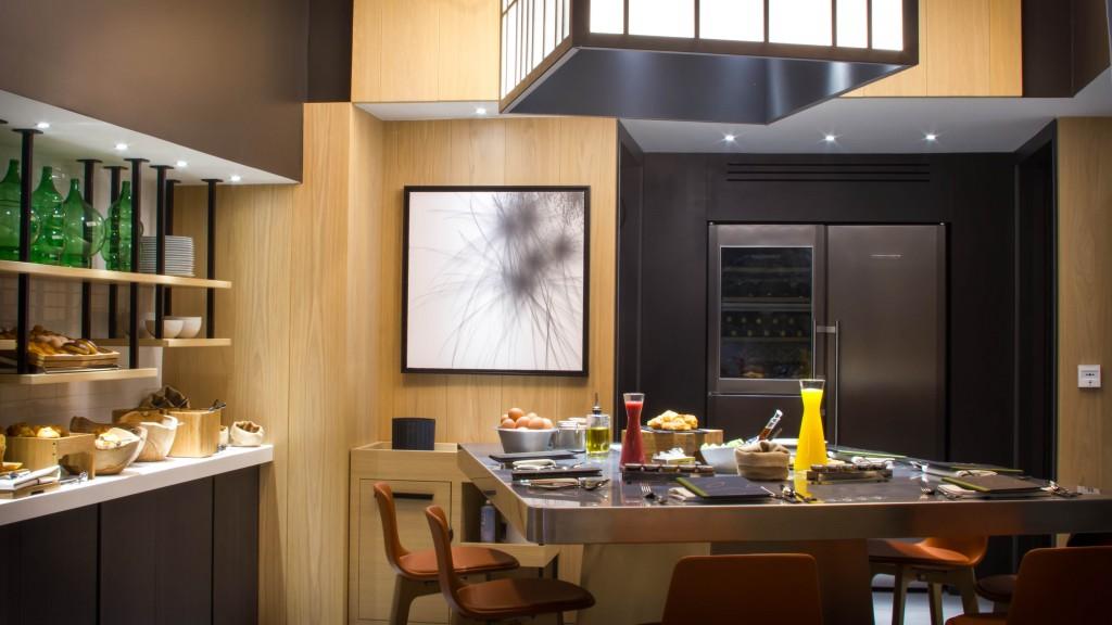 H.Cinq Codet -  Restaurante - Cozinha Show 1