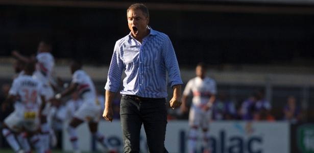 Diego Aguirre repetiu a escalação do São Paulo que enfrentou o Sport, em Recife - false