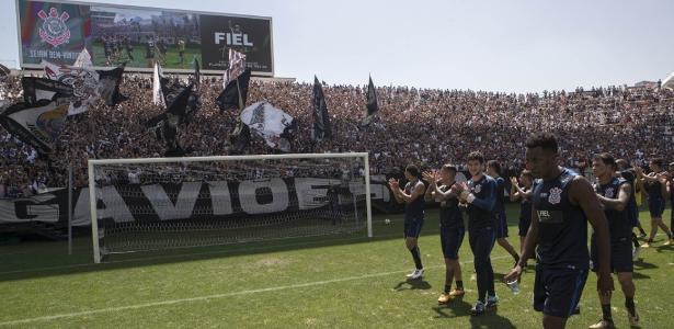 Em novembro, 32 mil corintianos assistiram ao treino antes do clássico com o Palmeiras
