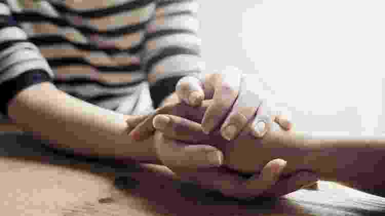 Como cuidar de alguém que está sofrendo com pensamentos suicidas? - iStock - iStock